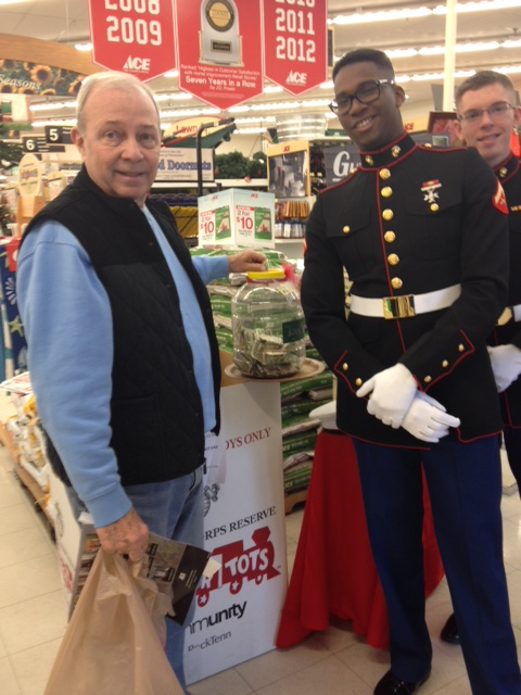 Newport News Toys for Tots 2014 2
